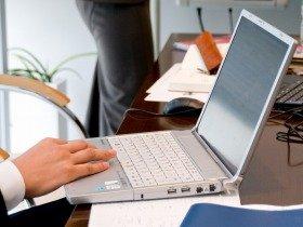 会社は社員のパソコン使用状況を意外に把握している?