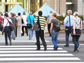 日本人だけが日本人だけで固まってはいられない