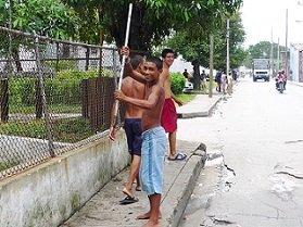 「貧しいながらも楽しい毎日」を実践している(過半数の)キューバ人