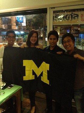 バンコクではタイ人の同級生と東南アジアのビジネスについて語り合った