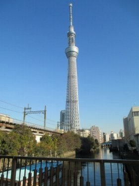 東京では「自分を出さずにいく」べき? 「大阪から転勤」の苦悩と現実