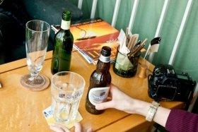 「ビール大好き女子」はドン引きされそう・・・ 本当はもっと飲みたい女性たち
