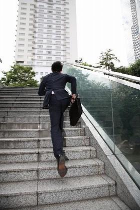 新入社員にスーツは何着必要? 最低でも・・・【好感度アップの服装術】