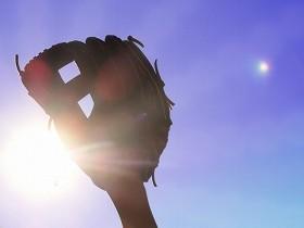プロ野球でなく、企業でのFA制度とは