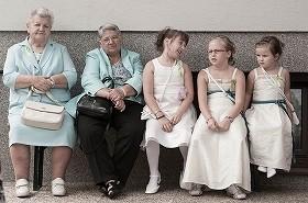 世代から世代へ
