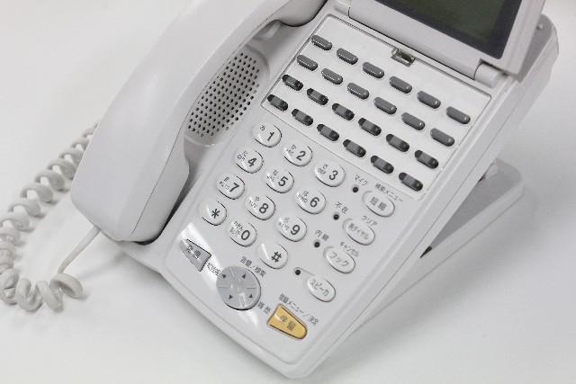職場の新人に根性論は愚とか 「はい、まず電話に慣れましょう」