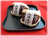 新正堂の「切腹最中」。北海道産の小豆や純度の高い砂糖を使っているそうだ