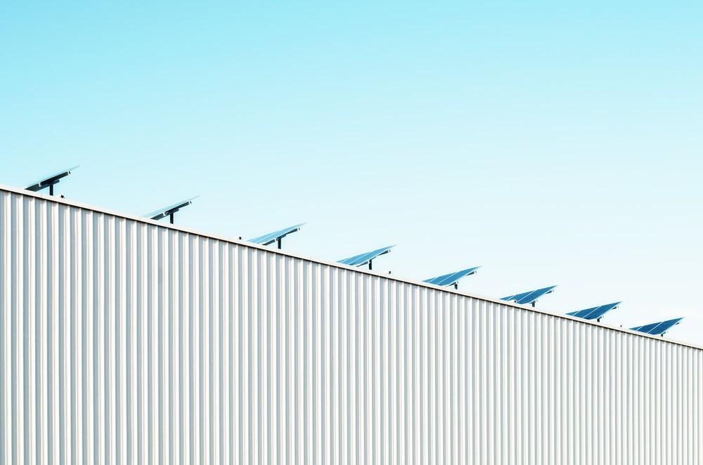 太陽電池事業は需要が低迷(写真はイメージ)