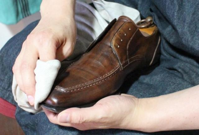 キレイな靴で気分アゲアゲ! 仕上げに差が出る「磨き」のコツ