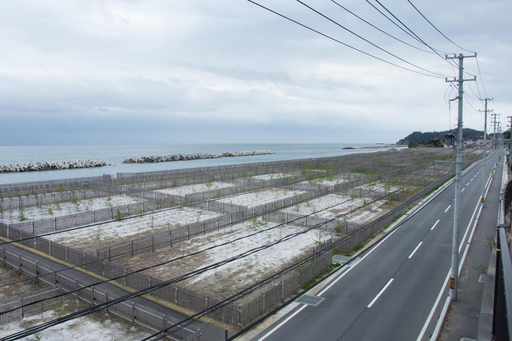 被災地は8年が過ぎたが......(福島県富岡町付近)