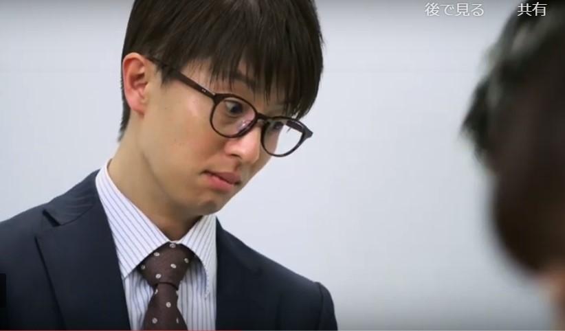 言われたとおりコピー作業を、ただ見つめる前田さん