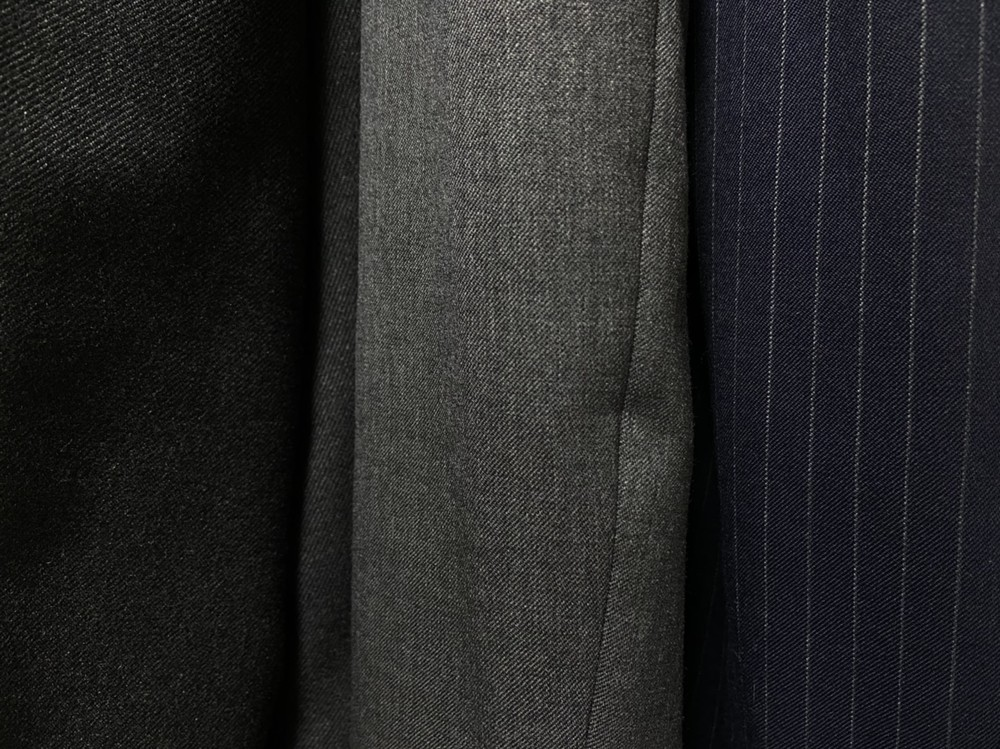これがスーツの基本のスタイル!
