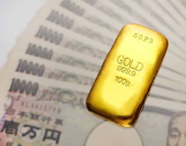 コロナ禍で金価格40年ぶりの高値 でも、「外出自粛」で個人投資家「利益確保」に動けず......