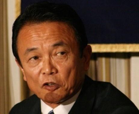 10万円一律給付に待ったをかけていた麻生太郎財務相(2007年撮影)