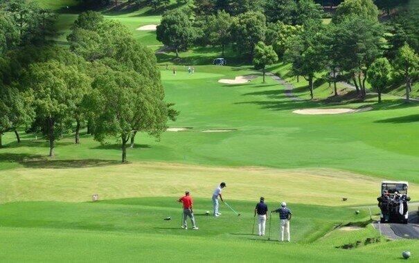 他県からの来訪者で繁盛するゴルフ場(写真はイメージ)