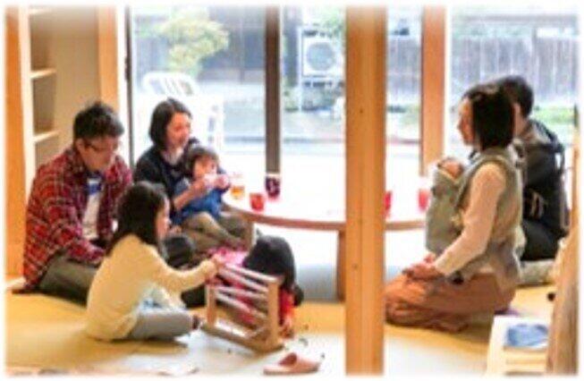 石川県輪島市の子育て支援施設「ママカフェ」(「内閣官房まち・ひと・しごと創生本部」資料より)