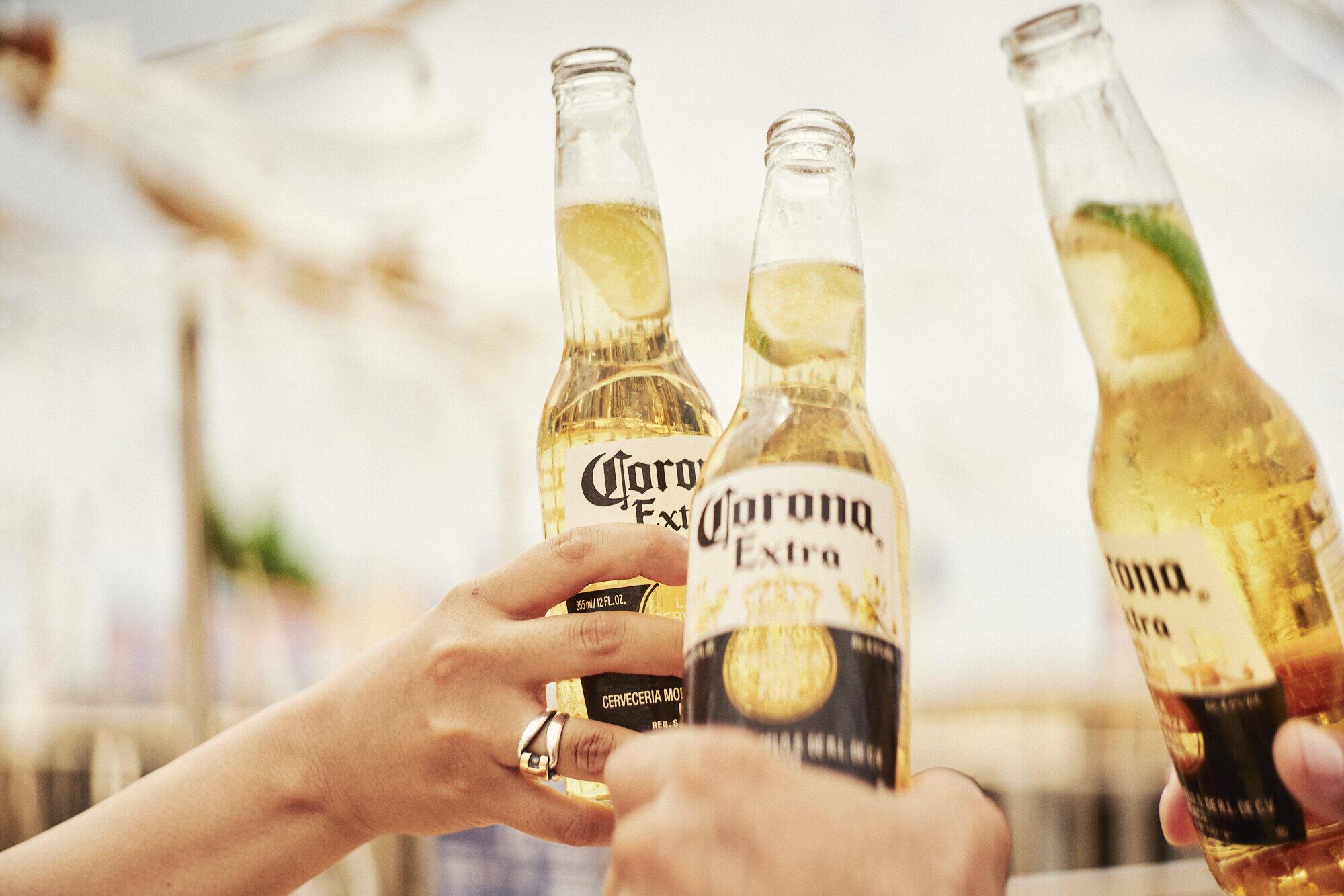 【コロナに勝つ! ニッポンの会社】コロナビールが世界のホテル1万4000室を予約! 観光・旅行業界の支援にひと役
