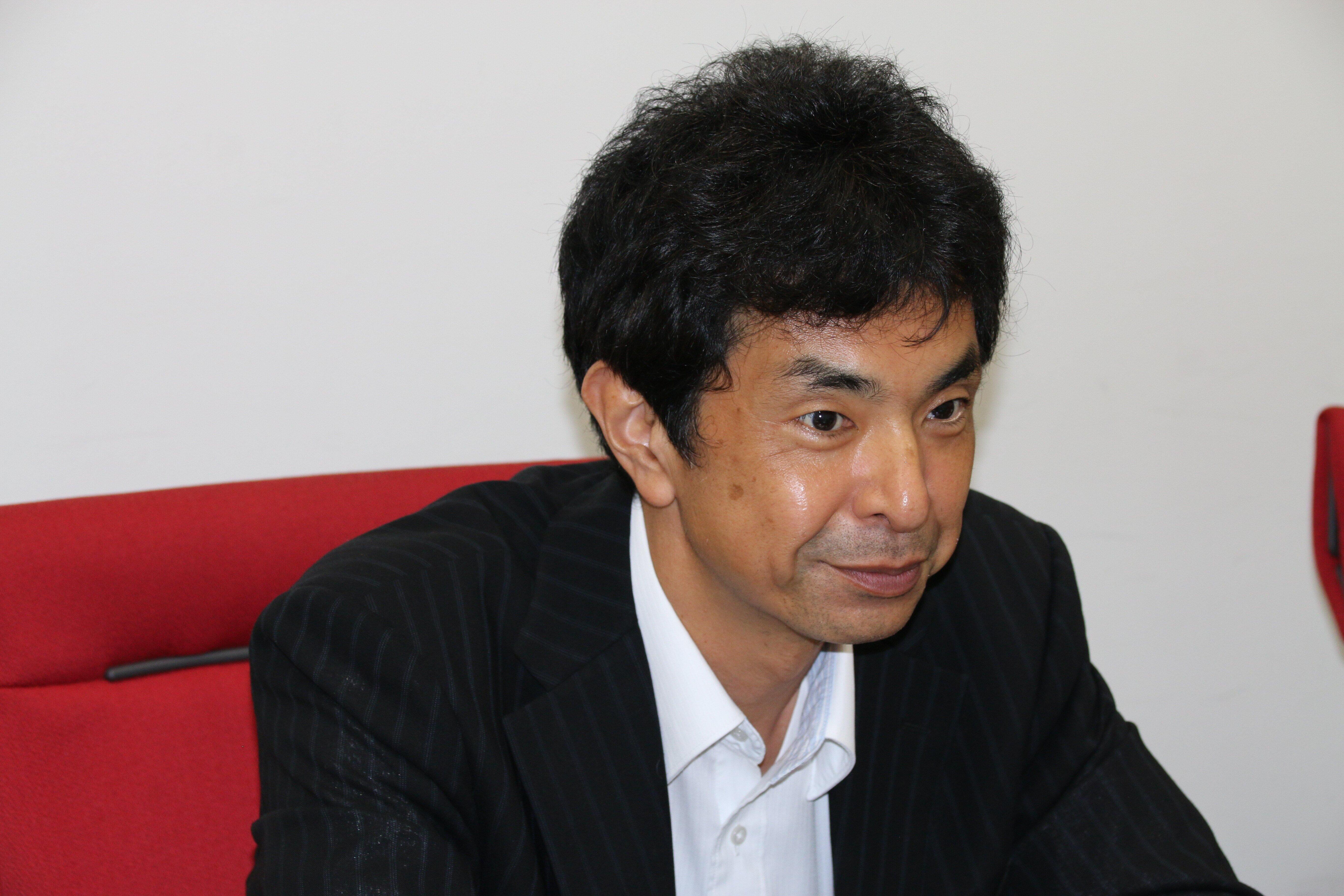 「インターンシップでは営業担当を一緒に取引先を周ってもらいました」と、指導に当たった竹本氏は話す。
