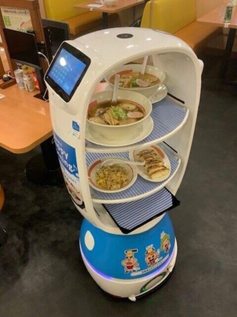ラーメン業界で日本初!幸楽苑の非接触型配膳ロボット「K-1号」
