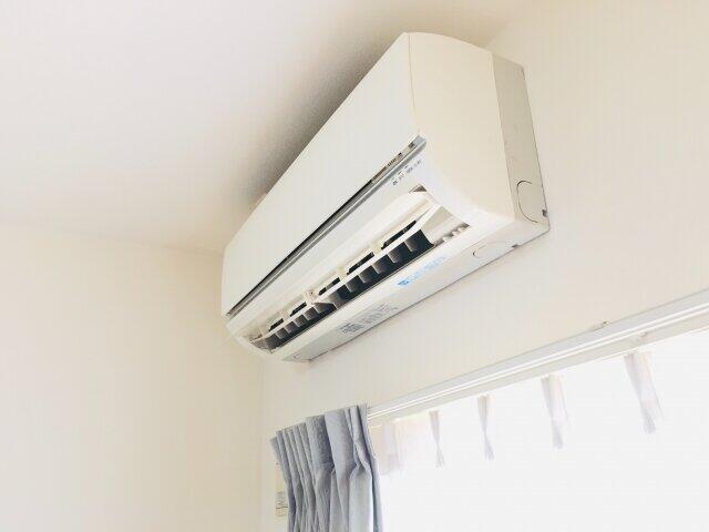 猛暑でエアコンが売れた