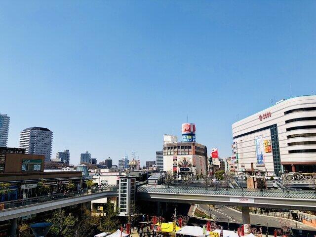 利便性が高い港外の駅周辺ではすでに動きが激しくなっているという(埼玉県川口市の川口駅前)