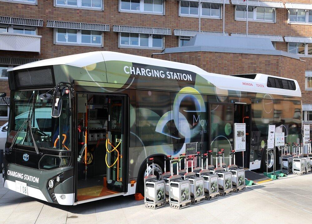 注目される水素燃料電池 山梨県が研究を公開 トヨタ・ホンダのFCバスで災害支援を実証実験