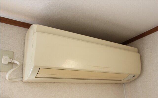 コロナ禍の巣ごもり需要で白物家電24年ぶり高水準 空気清浄機は過去最高に