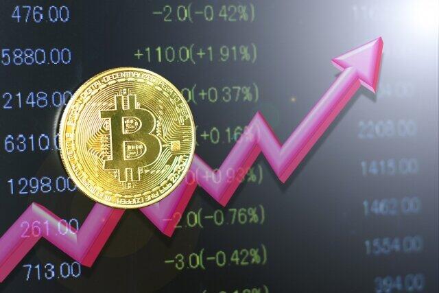 ビットコインはなぜ400万円まで上昇したのか?(ひろぴー)