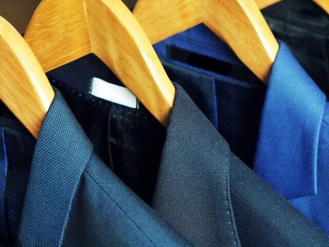 ふだんのスーツと同じでいいの? 子どもの卒業式「パパ コーデ」の正解は?(入澤有希子)