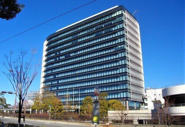 職場接種の実施を検討するトヨタ自動車本社(愛知県豊田市)