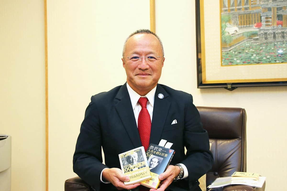 「渋沢翁は100年以上前から観光立国を訴えていた」と話す定保英弥社長