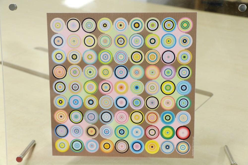 岡本さんが着色した「SUDOKU ART」