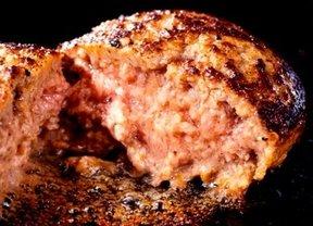 こんなに安全な牛肉が他にある!? 岩手県の地産地消で育った黒毛和牛ハンバーグ販売開始