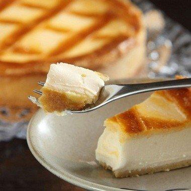 「トロイカ ベークドチーズケーキ」