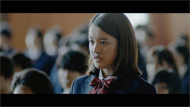 牛を擬人化したヒロイン「ウシ子」を演じるのは女優の夏居瑠奈さん