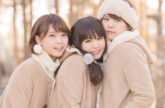 Negicco(左からKaede、Nao☆、Megu)