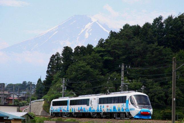 首都圏から富士山エリアへICカード1枚で行ける