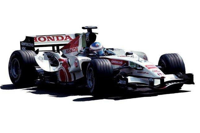 F1マシン「RA106」を特別展示