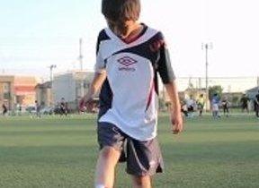 青森山田サッカー部「大人顔負け」のスーパープレー ゼスプリサイトで公開中