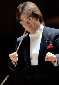 指揮者の渡邊氏は海外でも活躍している
