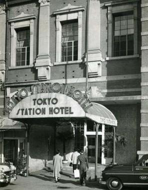 「東京名所 東京停車場之前景」1920年:東京ステーションギャラリー蔵
