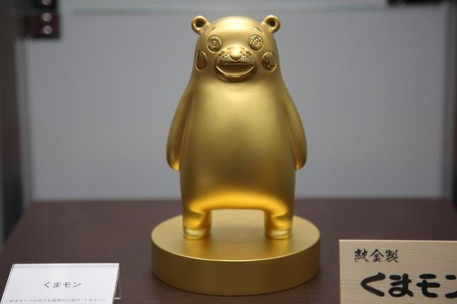 純金製くまモン。田中貴金属ジュエリーが製作した