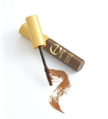 新色「ショコラブラウン」は、黒髪や暗めの髪色にもあるダークトーンカラー