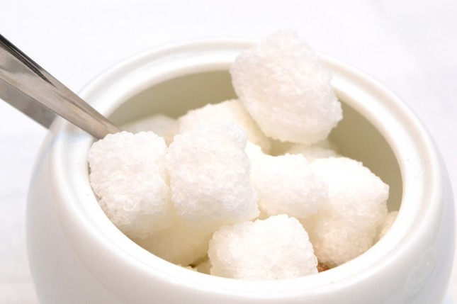 調味料やパンなどにも砂糖は意外と含まれている