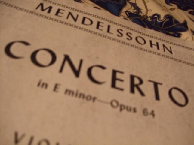 ヴァイオリン協奏曲の楽譜