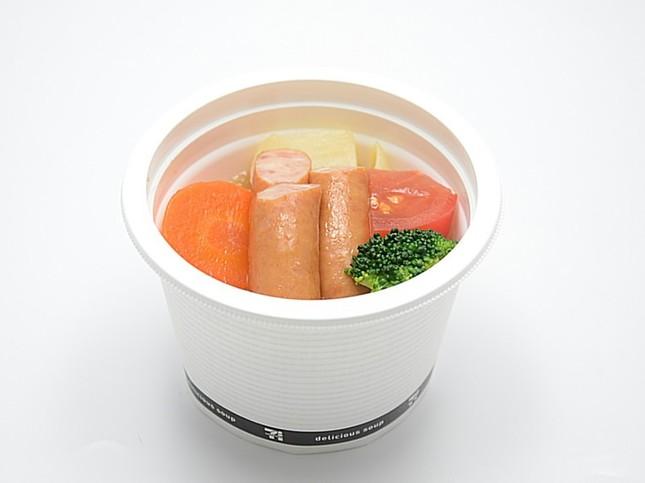 「ごろごろ野菜とソーセージのポトフ」