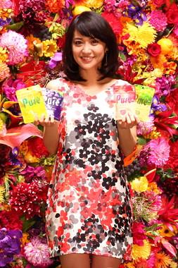 大島優子さんは「最近影響を受けた人や見習いたい人」を聞かれて「鶴瓶さん」と即答した