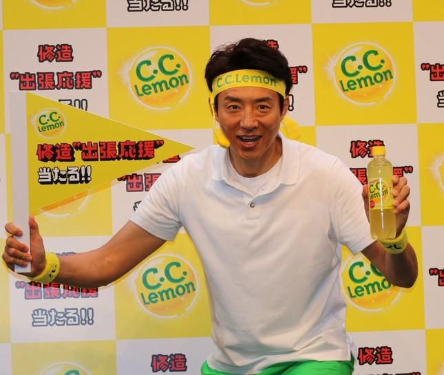 「C.C.Lemon元気応援プロジェクト」応援団長に就任した松岡さん