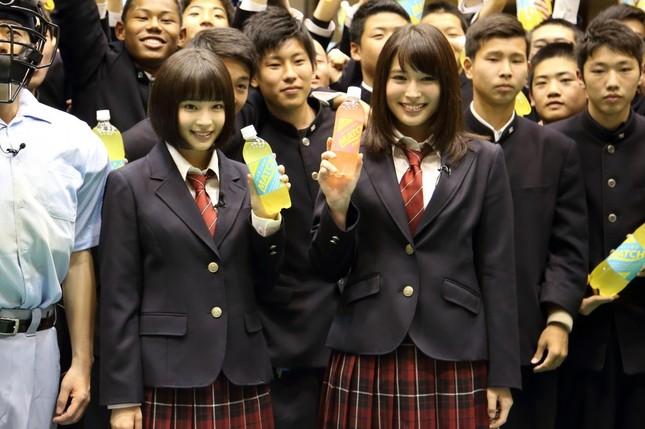 広瀬姉妹の登場に高校生は大喜びだった