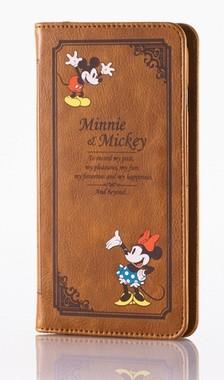 古書をモチーフにしたクラシカルなデザイン (C)Disney